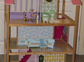 Universe of Imagination Deluxe Play Around Dollhouse