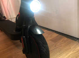 BRAND NEW! E9D PRO Electric Scooter, 20mph, Foldable - 280