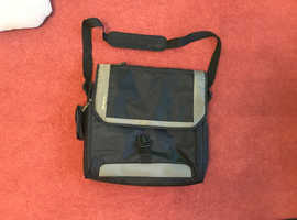 nearly new Targus laptop bag for sale
