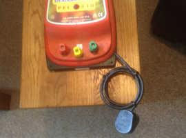 PEL 230 POWERPLUSE  240 Volt Mains Electric Fence Enigiser