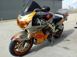Honda 1995 CBR900RR Fireblade. Urban Tiger. Excellent condition. Low miles.