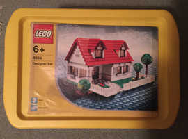 Lego House, Discontinued model No 4886