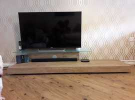 Italian Cilla TV Stand for TVs up to 65 inch TV's RRP £849