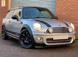 Mini Clubman 1.6 D Cooper Fabulous Diesel Clubman Edition with Leather Trim and Satellite Navigation