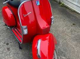 Ruby Red Vespa 2016 plate