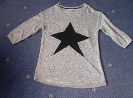 A ROGERS + ROGERS STAR 3/4 SLEEVE JUMPER SIZE 18 METALISED YARN GOOD CONDITION