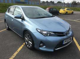 Toyota Auris, 2013 (13) blue hatchback, Cvt Hybrid, 135000 miles