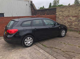 Vauxhall Astra, 2012 (62) Black Estate, Manual Diesel, 93,000 miles