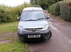 Peugeot Partner, 2005 (05) Green MPV, Manual Diesel, 81,773 miles