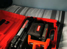 HILTI PMC 46 laser/receiver and tripod kit