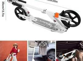 Scooter (white)