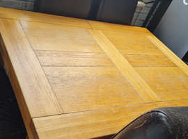 Solid pine table 6 chairs