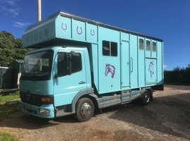 Mercedes 815 7.5 ton 04 reg horsebox