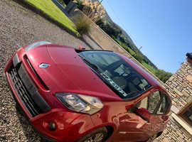 Renault Clio, 2011 (11) red hatchback, Manual Diesel, 10 miles