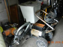 Wagner Finish 400  Heavy Duty Industrial Paint spray machine,