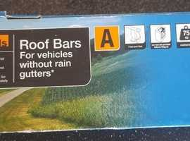 Halfords Roof Bars for Vehicles Without Rain Gutters - Brand New
