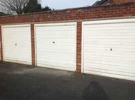 Dry lockup garage to rent near Maidenhead Town Center