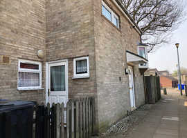 Large 3 bed end house