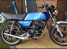 Yamaha rd125 dx 1981