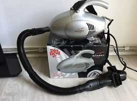 Sharky 800W Mini Vacuum Cleaner