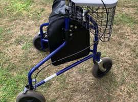 3 wheel rollater