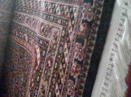 LARGE BELGIAN RUG SUITABLE FOR LIVING ROOM