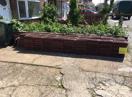 570 X FORTICRETE ROOF TILES. SAME SIZE AND PROFILE AS REDLAND 49   **WOW **    ** FREE **