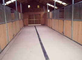 Brand new American Barn stables to rent Bold Heath WA8