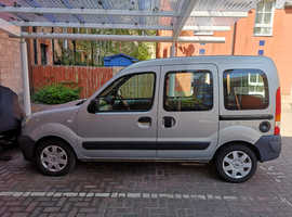 disabled renualt kangoo for sale just put new mot and has good milage great condition