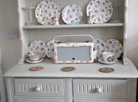 Welsh dresser / Display unit suitable  living room or kitche
