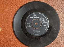 THE BEATLES SHE LOVES YOU / I'LL ILL GET YOU 60S 7 INCH SINGLE PARLOPHONE R 5055