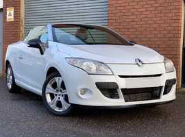 Renault Megane 1.4 TCE Dynamique Tom Tom Coupe Convertible Gorgeous in White, with Half Leather, this is a Stunning Car