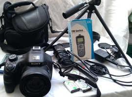 Sony DSC  -HX400V  digital x50 zoom Camera