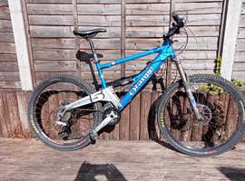 STOLEN Orange 5 Mountain Bike