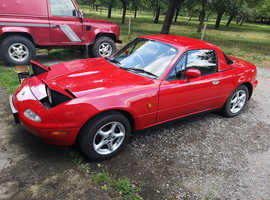 Mazda MX-5, 1997 (P) Red Convertible, Manual Petrol, 114,000 miles
