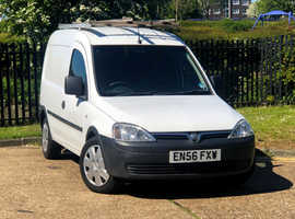 2007 (56) VAUXHALL COMBO 1.3 2000 CDTi  Manual 4 Dr VAN in WHITE, LONG MOT, Clean Van, NO VAT