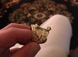 Saddle ring with Horse shoe and diamonds