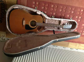 Electro acoustic guitar, good condition, Simon and Patrick make.