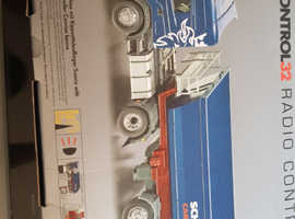 Rc siku control32 radio controlled scania truck.