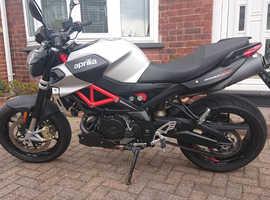 aprilia shiver 900 2018 motorbike motorcycle