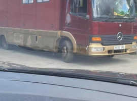 7 5 ton horsebox Mercedes 2003 4 stall + living