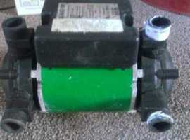 SHOWER PUMP SALAMANDER TWIN CT50
