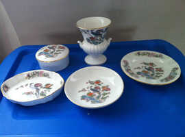 "Wedgwood ""Kutani Crane"" Collectible Items."