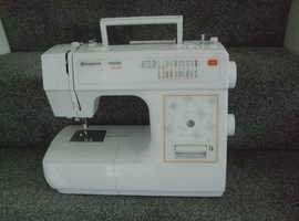 Husqvarna Viking H Class E10 Sewing machine - good condition with pedal