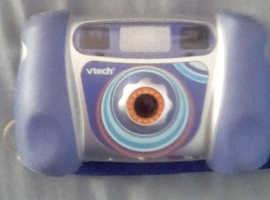 V tech Kiddi Zoom camera