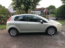 FIAT GRANDE PUNTO 1.4 LONG MOT CLEAN RELIABLE CAR CHEAP TO TAX AND INSURE