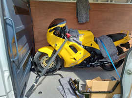 Midlands Based motorcycle collection delivery service