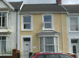 2 double  Bedrooms- unfurnished flat.Bond AND ADMIN FEE required