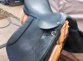 Early Stubburn Jumping Saddle.
