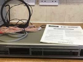 Pioneer FM/AM Digital Synthesizer Tuner TX-1060L